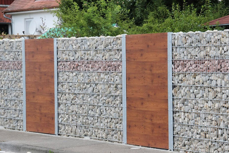 Die Gitter-Stein-Wand - Cum lapis die Gitter-Stein-Wand